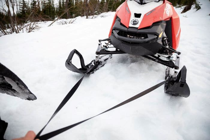 Best tow straps for snowmobiles