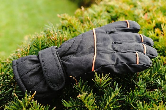 Best Ski Gloves for Sweaty Hands