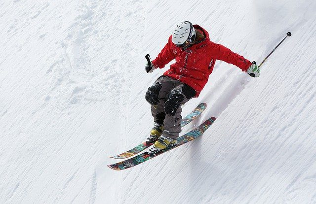 difference between short skis and long skis